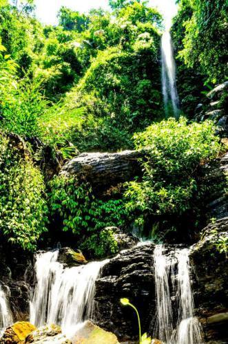 Biết bao phượt thủ mê mẩn vẻ đẹp tự nhiên của thác Khe Lạnh ẩn mình giữa chốn hoang sơ. (Nguồn: Thai Binhkt)