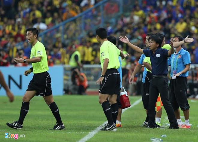HLV Toshiya Miura phản đối quyết định của ông Ma Ning.