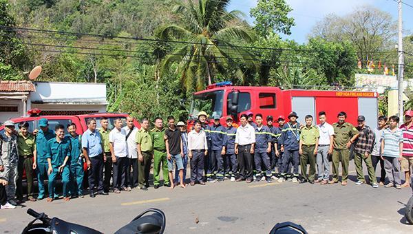 Cơ quan chức năng huyện Xuân Lộc huy động hơn 100 người tìm kiếm nạn nhân