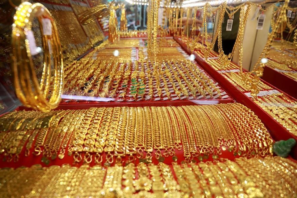 Vàng được chế tác thành nhiều loại nữ trang (Ảnh: Thanh Niên)