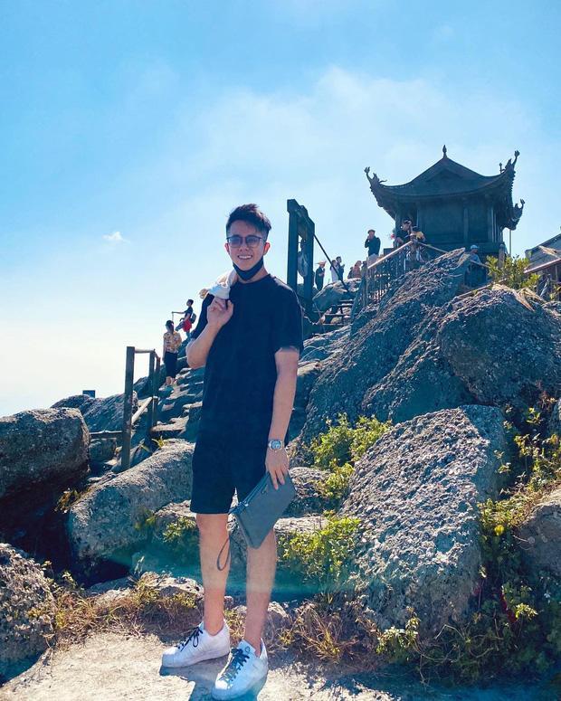 Matt Liu đăng ảnh ở đỉnh núi Yên Tử