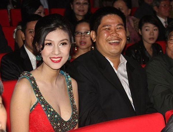Kim Thư, Phước Sang đều góp mặt trong tiệc cưới của đồng nghiệp thân thiết.