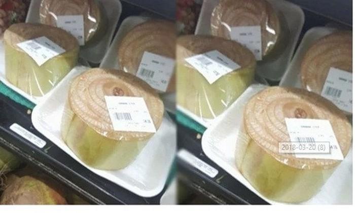 Nhiều người tỏ ra ngạc nhiên vì khúc thân chuối ở Việt Nam thường dùng là thức ăn cho lợn, thậm chí bỏ đi. Ảnh: F.acebook.