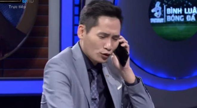 BLV Quốc Khánh đã có màn troll kém duyên dành cho Bùi Tiến Dũng. (Ảnh: Chụp màn hình).
