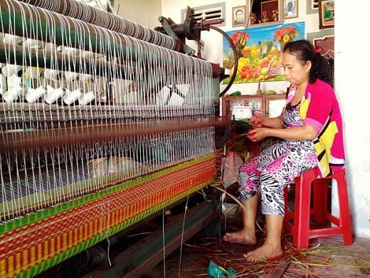 Hiện tượng mai một nghề dệt chiếu truyền thống đang xảy ra ở nhiều địa phương trên cả nước