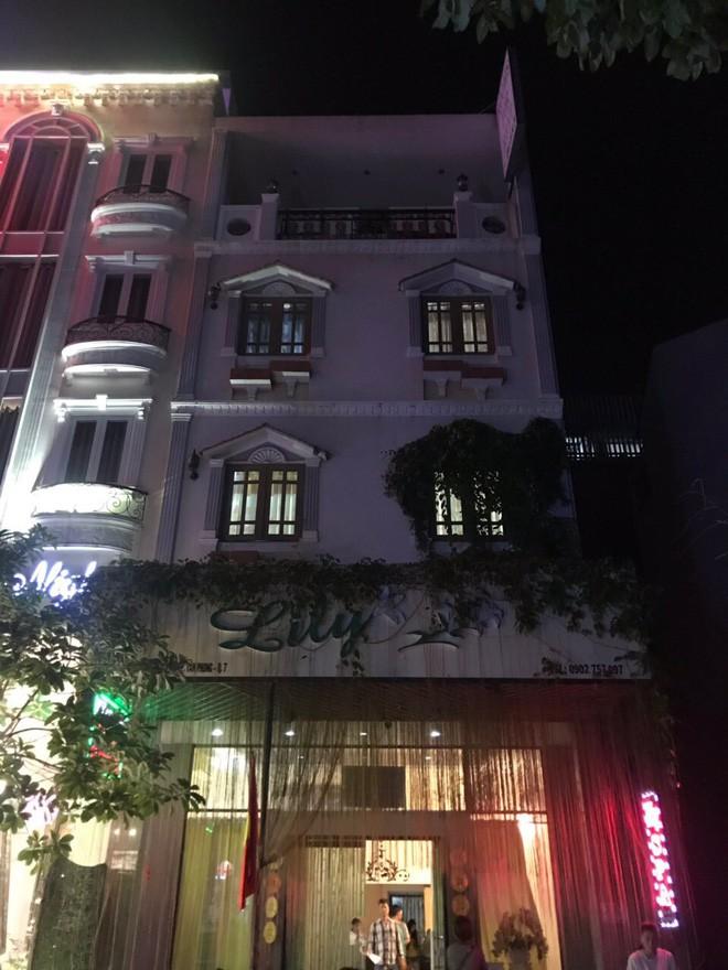 Spa Lily nơi chỉ phục vụ bán d.âm cho khách ngoại quốc. Ảnh: M.T