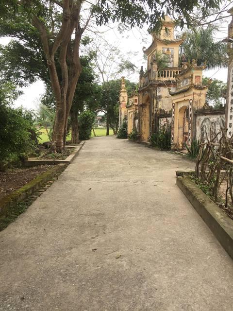Con đường được làng Quang Ốc đắp trong một đêm.
