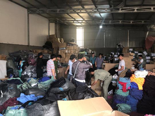 Đến khoảng 0 giờ cùng này, các đối tượng đến huyện Bù Đăng (tỉnh Bình Phước) thì quay ngược về Đắk Nông thuê khách sạn nghỉ.