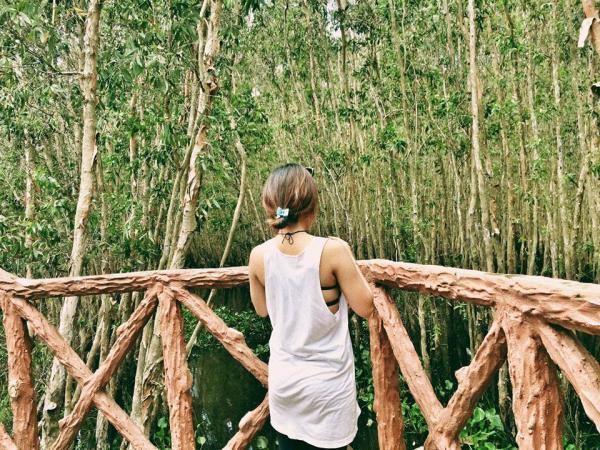 Cảnh vật vô cùng hoang sơ và tuyệt đẹp. (Nguồn: Fb Nguyễn Thị Vân Anh)