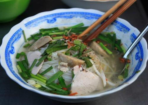Hủ tiếu gõ là món ăn quen thuộc của người miền Trung, miền Nam. Ảnh: Khánh Hòa