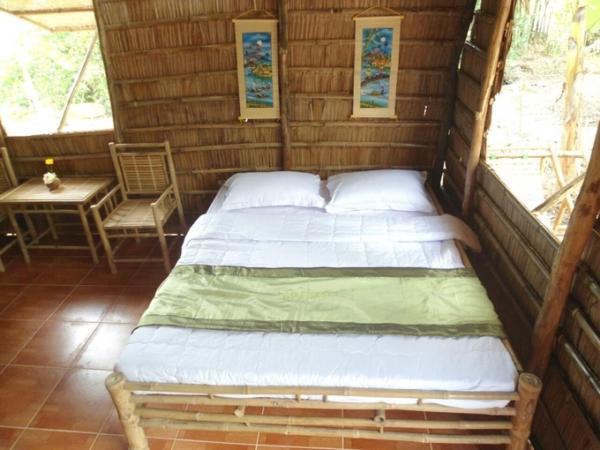 Phòng ngủ được bày trí giản đơn và ngăn nắp. (Nguồn: Booking)