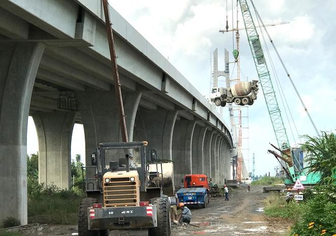 Công trình cầu Vàm Công nối liền tỉnh Đồng Tháp với TP Cần Thơ.