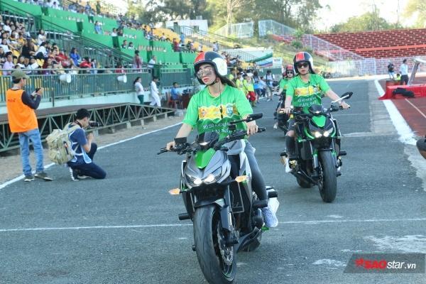 Gym giúp cho Kim Nguyên có sức khỏe và theo đuổi niềm đam mê chơi xe môt tô. Hiện tại, Nguyên đang là thành viên CLB môt tô đình đám ở Cần Thơ.