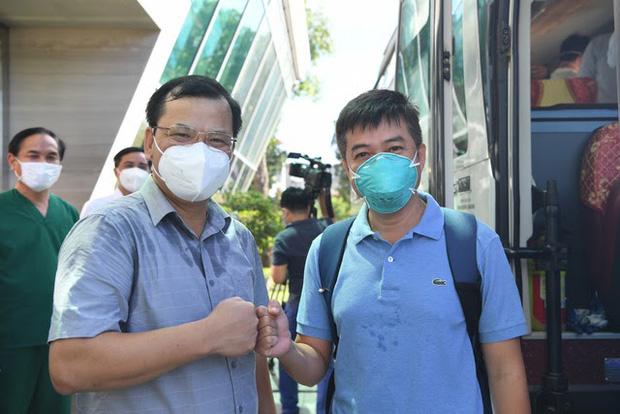Bác sĩ Trần Thanh Linh lúc mới trở về TP. Hồ Chí Minh sau khi hoàn thành nhiệm vụ ở Bắc Giang hồi giữa tháng 6/2021
