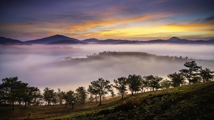 Bình minh hoang hoải sương bảng lãng - Ảnh: Trinh Quang Minh