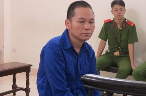 Đối tượng vận chuyển 100 bánh heroin Lục Thanh Đồng bị đưa ra tòa xét xử