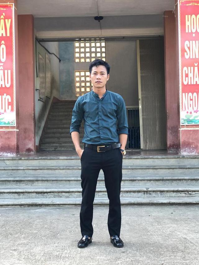 Giáo viên Nguyễn Quang Tuệ . Ảnh: NVCC.
