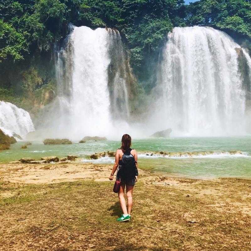Theo thống kê của Sở Văn hóa, Thể thao và Du lịch tỉnh Cao Bằng, mỗi năm có khoảng 30.000 lượt người đến thăm Bản Giốc. (Ảnh: @maruwater)