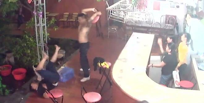 Nam thanh niên tử vong sau khi rời khỏi quán karaoke (ảnh minh họa)