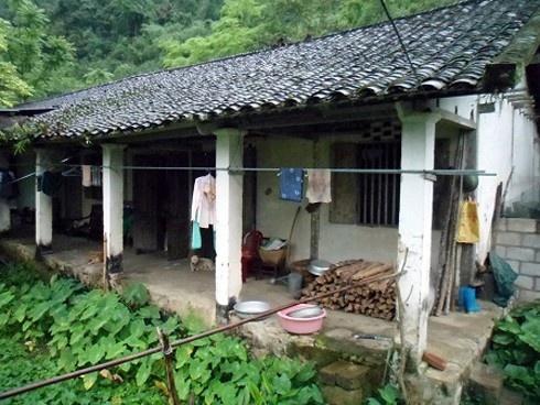 Căn nhà nơi hoa hậu và gia đình sinh sống khi cô chưa đăng quang