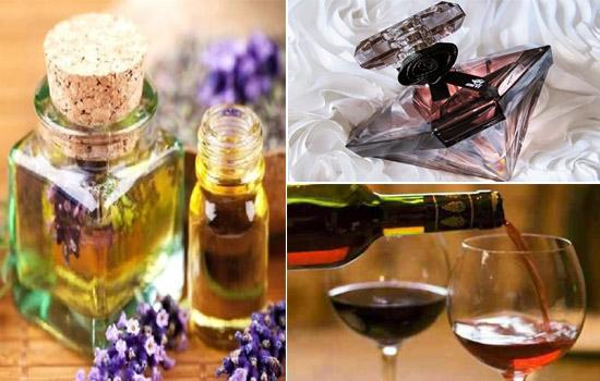 Ngoài ra, có thể dùng rượu mạnh, tinh dầu thơm hoặc nước hoa để khử mùi, giúp nhà vệ sinh luôn thơm mát.