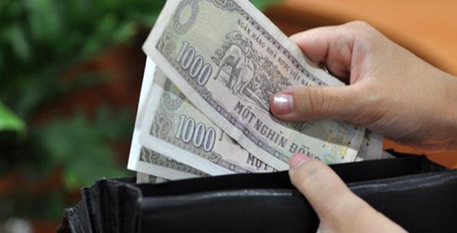 Muốn kiếm tiền ai cũng phải đánh đổi bằng mồ hôi nước mắt, vậy nên bạn chớ dại xem thường những đồng tiền lẻ - Ảnh minh họa: Internet