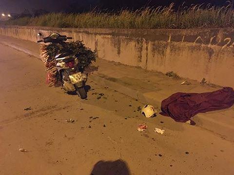 iện trường một vụ cướp trong đêm khuya trên tuyến đê Bát Tràng, Gia Lâm, Hà Nội