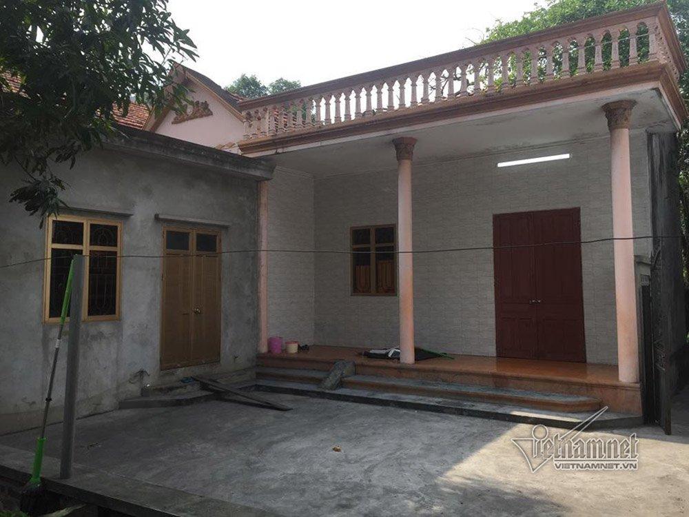 Nhà ông Tám, nơi xảy ra vụ việc