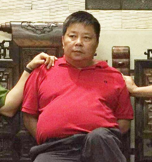 Đối tượng Triệu Ký Voòng bị bắt tại nhà riêng. Ảnh: TL.