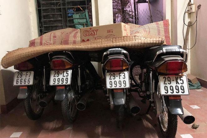 Hơn nữa, tại Việt Nam, biển số xe tứ quý được rất nhiều người chuộng. Nó không chỉ mang lại may mắn mà còn rất nổi bật, dễ nhớ.