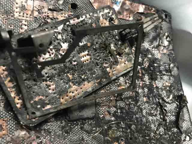 Tàn dư sau vụ cháy
