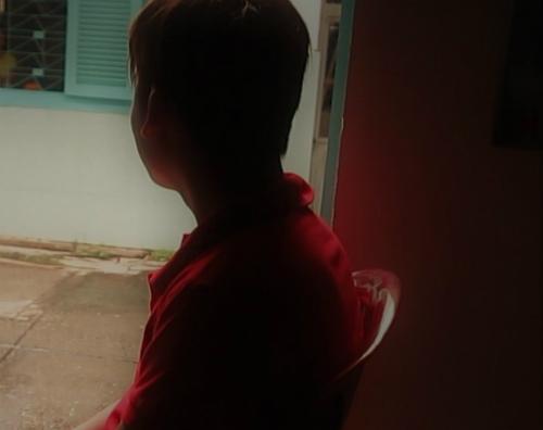 Anh Bình luôn cảm thấy có lỗi với bố mẹ, chị Thắm và chị Lan, vì đã làm mất niềm tin ở họ. (Ảnh: P.T.)