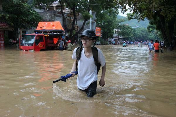 Ảnh Thuý Nguyễn - Ký sự đường phố