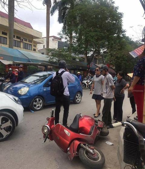 Gia đình nam sinh không biết liệu mình có phải đền bù chi phí sửa xe cho bà Trang