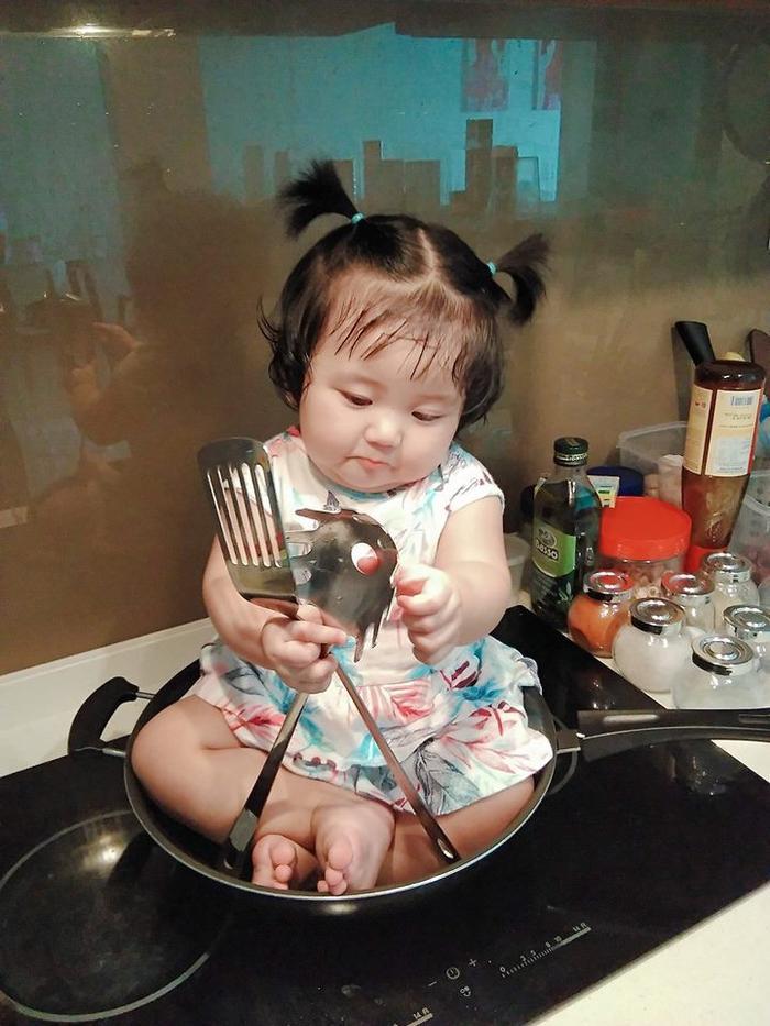 Nấu ăn cũng không yên với