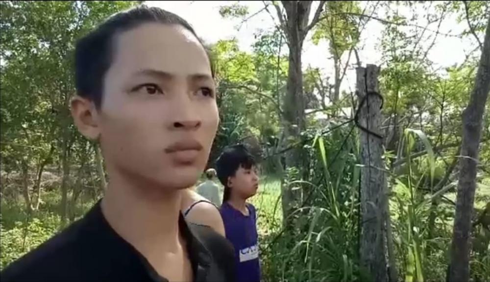 Nhân chứng Long hãi hùng kể lại vụ tai nạn.