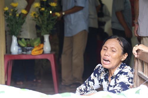 Các nạn nhân đều là bà con trong cùng một chi của dòng họ Nguyễn Khắc ở thôn Lương Điền, xã Hải Sơn. Ảnh: Hoàng Táo.