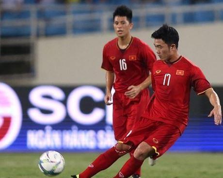 Vẫn là nhạc trưởng trong lối chơi của U23 Việt Nam trong việc điều tiết bóng, dù chưa có được pha kiến tạo nào nhưng những pha triển khai bóng hợp lý đến từ Xuân Trường đã giúp các học trò HLV Park Hang-seo kiểm soát bóng tốt hơn.