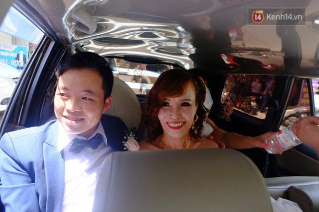 Niềm hạnh phúc của cô dâu và chú rể trong ngày cưới.