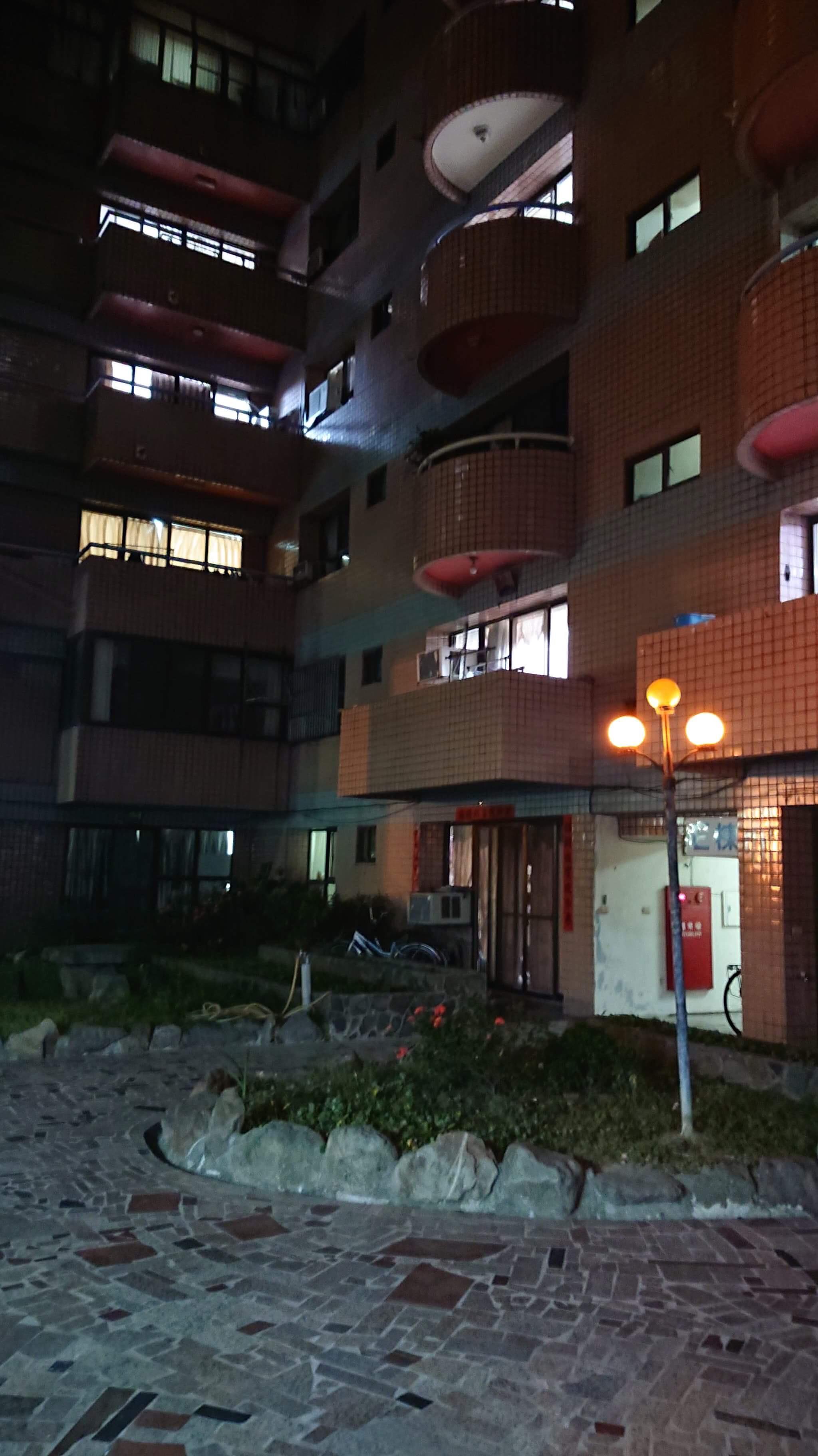 Khu chung cư tại thị trấn Lộc Cảng, nơi xảy ra sự việc.