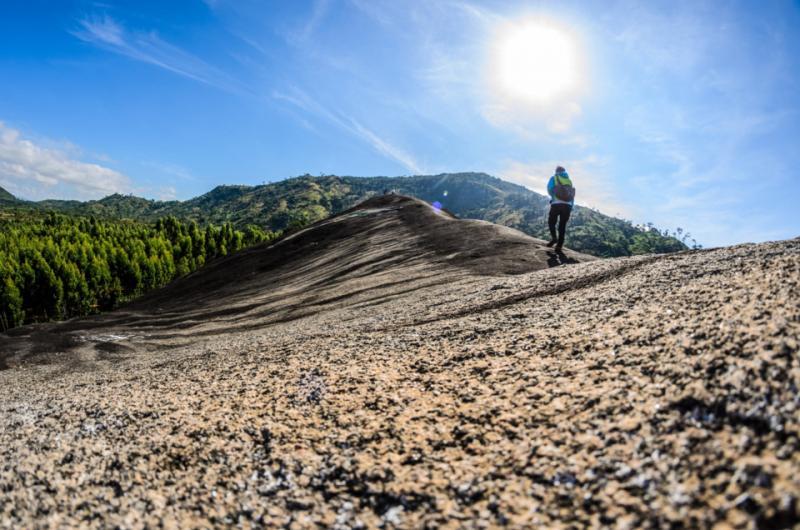 Đường chinh phục núi đá Voi Mẹ .