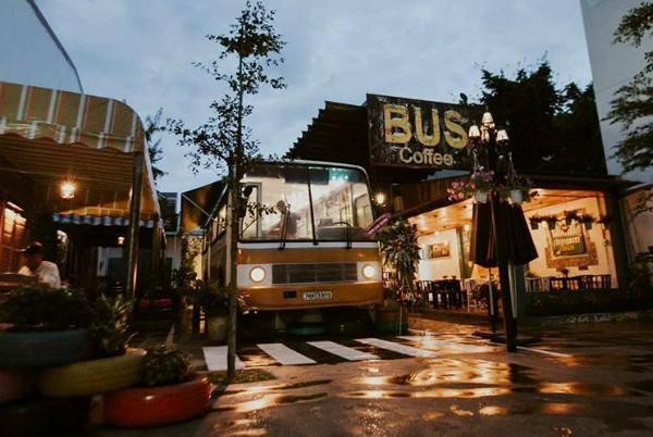 Bus cà phê luôn lọt mắt xanh của những bạn mê các quán café độc và lạ. (Nguồn: Fb Bus cafe)