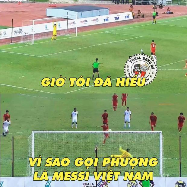 Công Phượng được lý giải vì sao anh lại được mọi người gọi là Messi Việt Nam, đá hỏng penalty trong thời khắc quan trọng nhất.