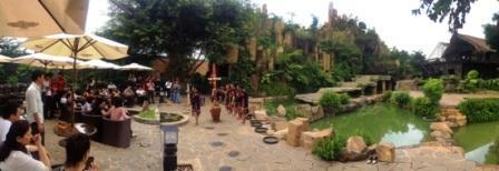 Làng Cà phê Trung Nguyên (TP. Buôn Ma Thuột) là một trong những điểm đến hấp dẫn du khách