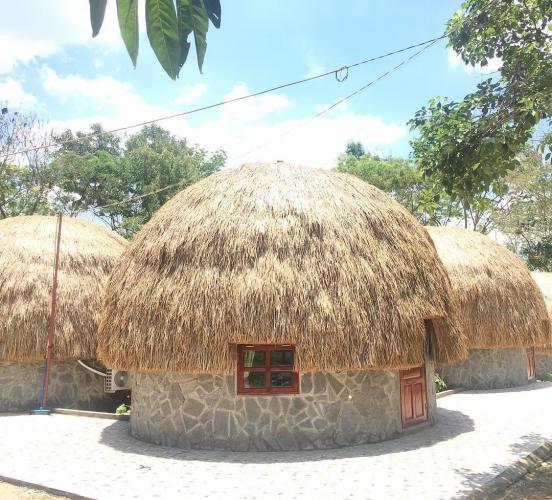 Khu nhà nấm đặc biệt tại khu du lịch Dray Sap. (Nguồn: Hiển Hoàng)