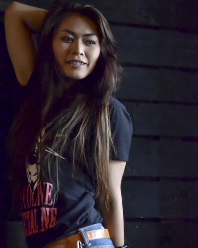 Ca sĩ Zina Bya