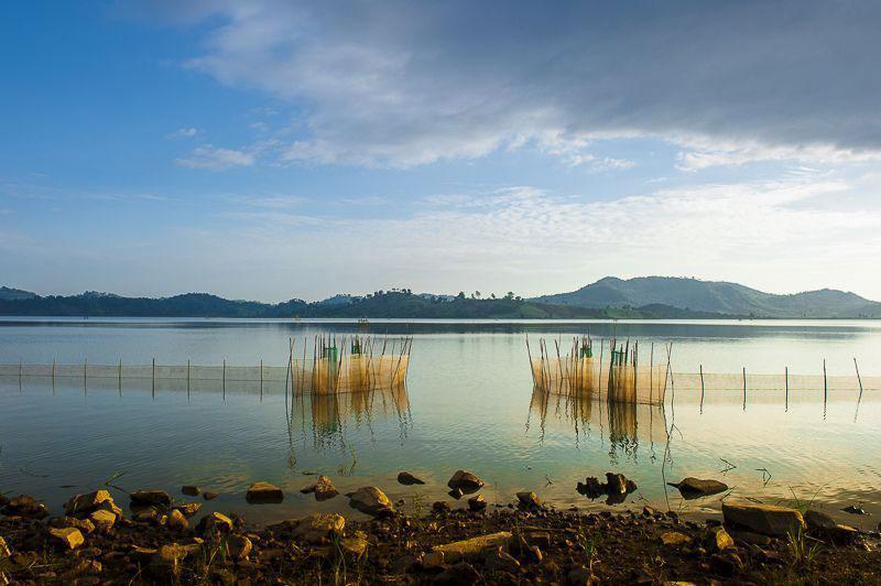 Theo truyền thuyết hồ Lăk được tạo ra bởi anh hùng Lăk Liêng người dân tộc M