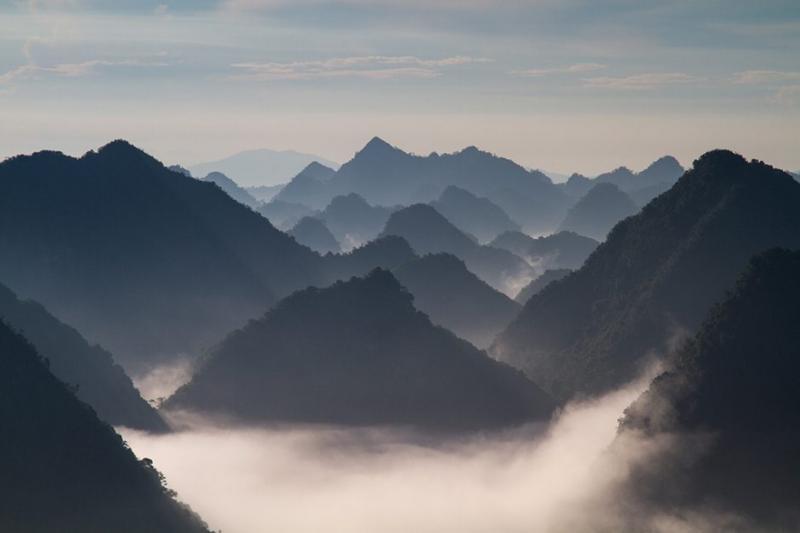 Buổi sáng ở thung lũng Bắc Sơn (Ảnh: Hoàng Giang Hải / Flickr)