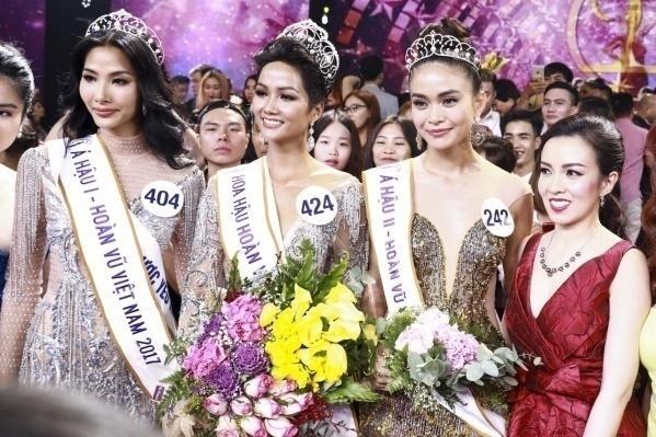 Hoa hậu Hoàn Vũ Việt Nam 2017 sở hữu chiếc vương miện Empower trị giá 2,7 tỷ đồng.