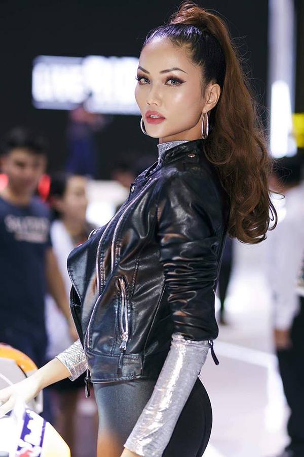 Hen từng kể, trước khi thi Hoa hậu, cô được khuyên nên cắt tóc ngắn để gây ấn tượng với giám khảo và khán giả. Ban đầu cô không chịu, nhưng sau đó lại thấy đây là quyết định đúng đắn.